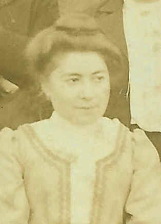 Henriette <b>Alice Yvonne</b> Bretet le 28/10/1901. Noirmoutier (85 ) - BretetHenriette8