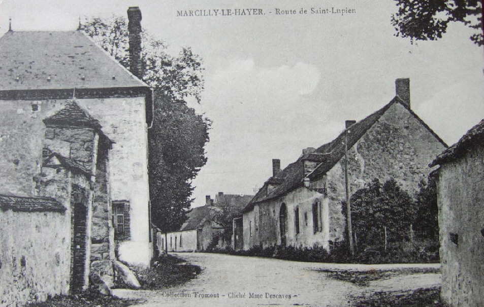 Marcilly  le Hayer : Route de Saint Lupien