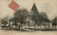 Marcilly le Hayer : La Place de l'Eglise