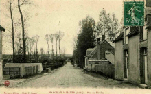 Marcilly le Hayer : Rue du Moulin