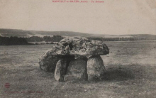 Marcilly le Hayer : Dolmen