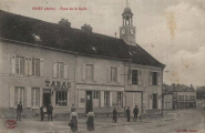 Piney : Place de la Halle