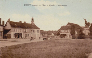 Piney : Place, Mairie, Monument
